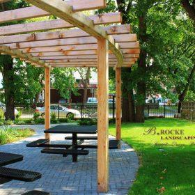 Accent Feature 21 | B. Rocke Landscaping | Winnipeg, Manitoba