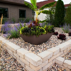 Accent Feature 4 | B. Rocke Landscaping | Winnipeg, Manitoba