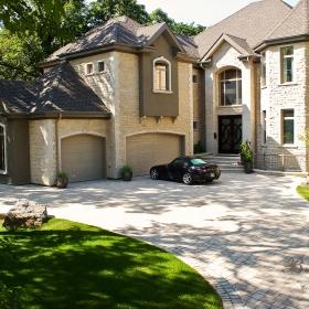 Paver Driveway 1 | B. Rocke Landscaping | Winnipeg, Manitoba