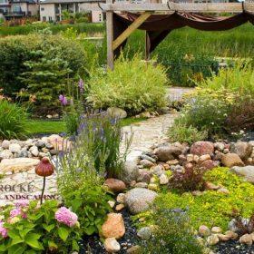 Garden 4 | B. Rocke Landscaping | Winnipeg, Manitoba