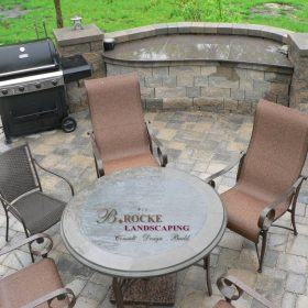 B. Rocke Landscaping - Winnipeg Landscaping - Outdoor Kitchens - Granite counter (12)