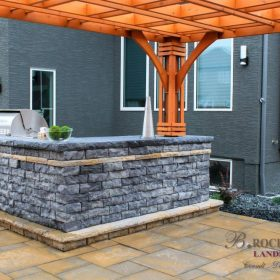 Outdoor Kitchen 3 | B. Rocke Landscaping | Winnipeg, Manitoba