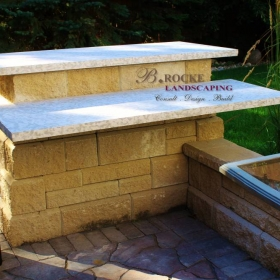 B. Rocke Landscaping - Winnipeg Landscaping - Outdoor Kitchens - Tyndall counter (7)