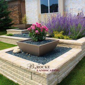 Planter Retaining Wall 8 | B. Rocke Landscaping | Winnipeg, Manitoba