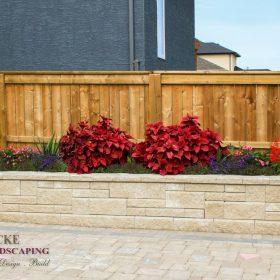 Planter Retaining Wall 32 | B. Rocke Landscaping | Winnipeg, Manitoba