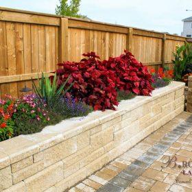 Planter Retaining Wall 33 | B. Rocke Landscaping | Winnipeg, Manitoba