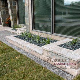 Planter Retaining Wall 34 | B. Rocke Landscaping | Winnipeg, Manitoba