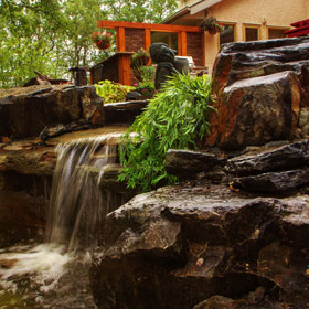 Water Features - Landscape Design Gallery | B. Rocke Landscaping