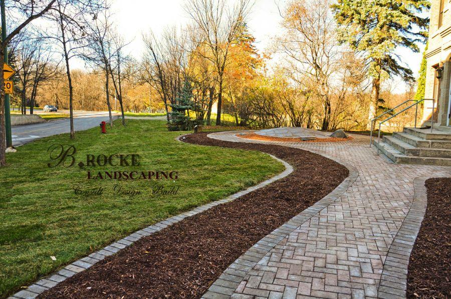 Roman Paver Edging | B. Rocke Landscaping | Winnipeg, Manitoba