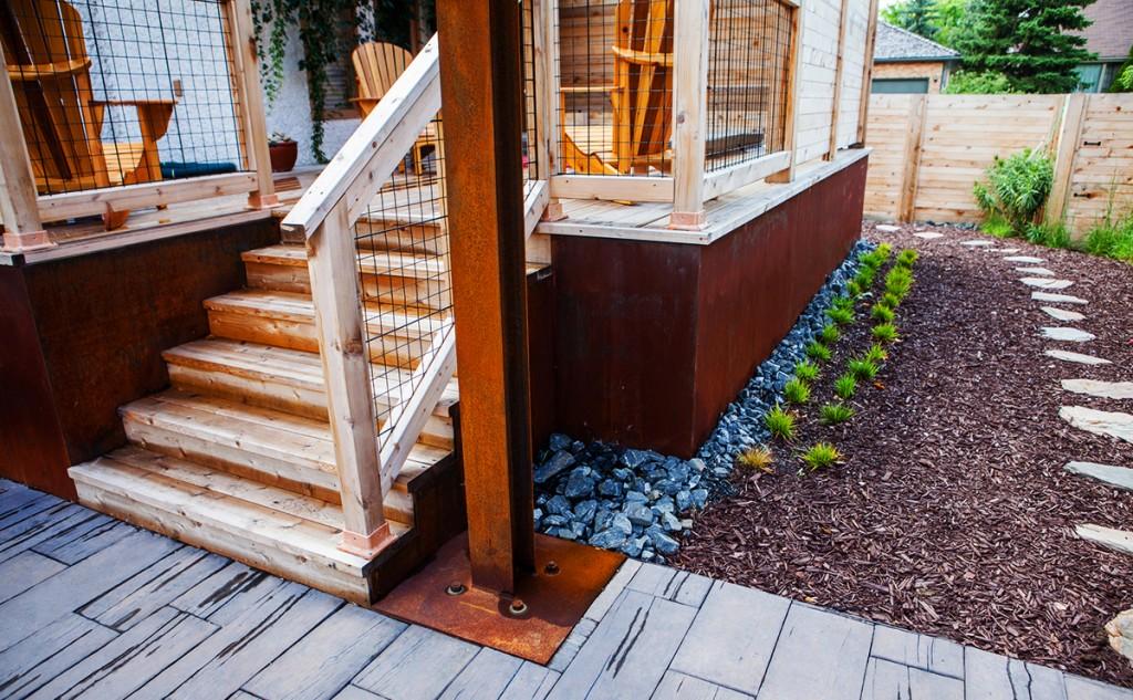 Deck Steps | B. Rocke Landscaping | Winnipeg, Manitoba