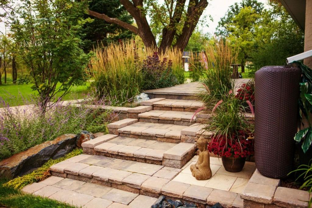 Allan Block Steps | B. Rocke Landscaping | Winnipeg, Manitoba